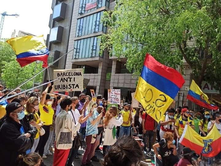 Manifestació per Colombia a Barcelona maig 2021